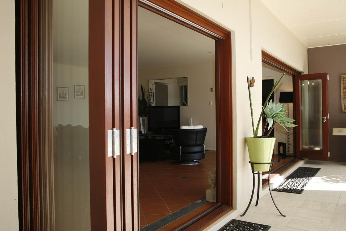 Quality Timber Bi Fold Doors Brisbane Timber Doors Amp Windows
